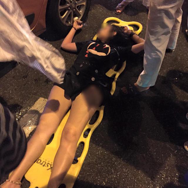 Hà Nội: Kiều nữ say rượu lái Hyundai Grand i10 đâm vào đuôi Toyota Fortuner - Ảnh 3.