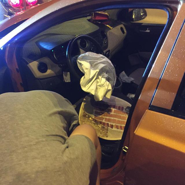 Hà Nội: Kiều nữ say rượu lái Hyundai Grand i10 đâm vào đuôi Toyota Fortuner - Ảnh 4.