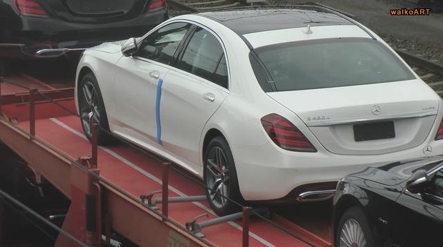 Bắt gặp đoàn tàu chở hơn 100 chiếc xe sang Mercedes-Benz S-Class 2018 - Ảnh 5.