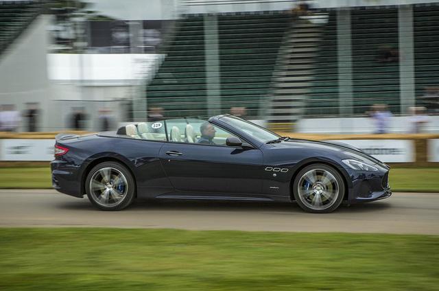 Cặp đôi xe sang Maserati GranTurismo và GranCabrio 2018 rủ nhau ra mắt - Ảnh 6.