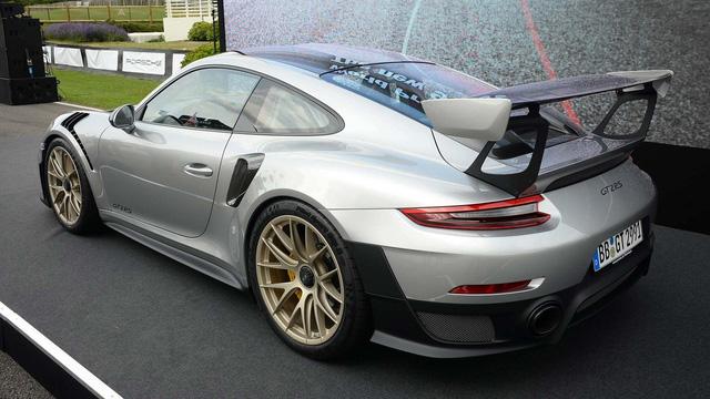 Porsche 911 phiên bản nhanh và mạnh nhất chính thức trình làng - Ảnh 3.
