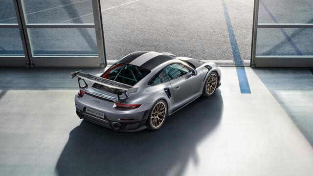 Porsche 911 phiên bản nhanh và mạnh nhất chính thức trình làng - Ảnh 7.