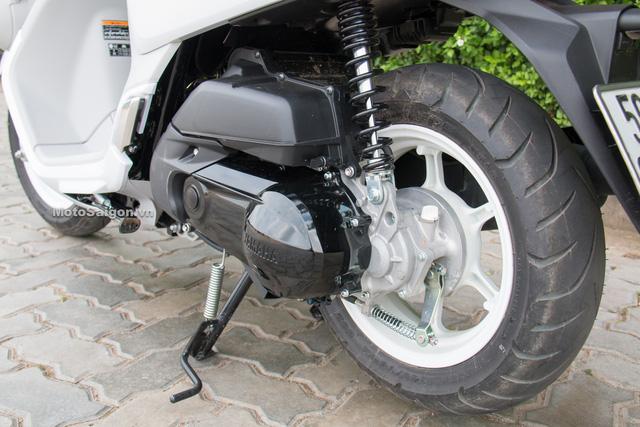 Cận cảnh xe ga kiểu dáng lạ Yamaha QBIX 125 ABS tại Việt Nam - Ảnh 13.