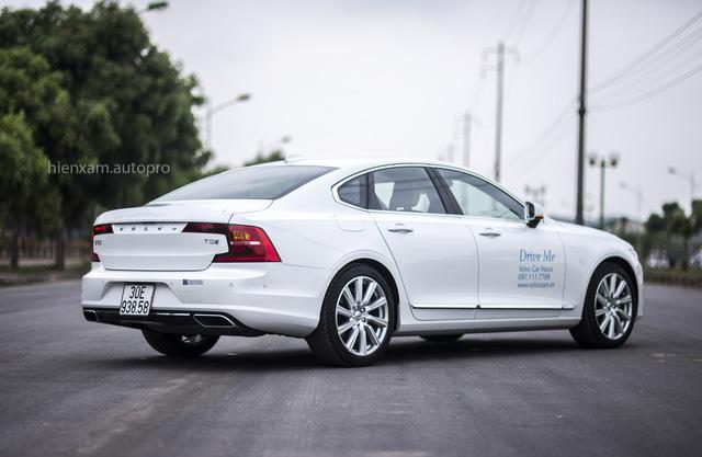 Volvo S90 Inscription có gì khi tham gia phân khúc xe sedan hạng sang cỡ trung? - Ảnh 4.