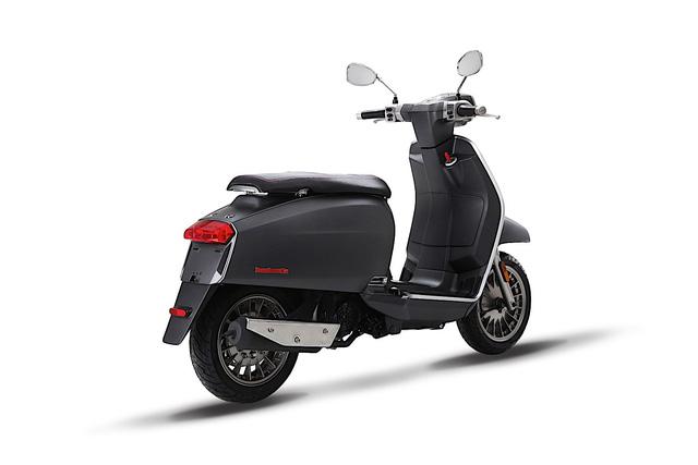 Lambretta V-Special - Scooter mới cho những người thích phong cách cổ điển - Ảnh 2.