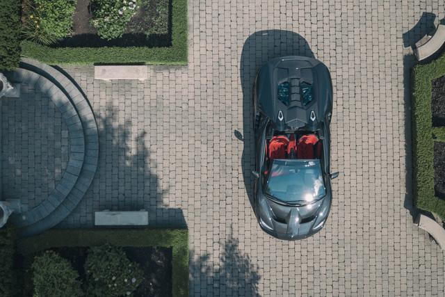 Siêu phẩm triệu đô Lamborghini Centenario Roadster đầu tiên đặt chân đến Canada - Ảnh 2.