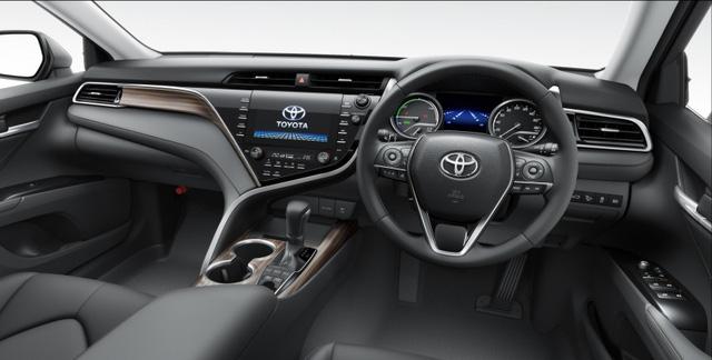 Toyota Camry 2018 chính thức ra mắt tại Nhật Bản, giá từ 656 triệu Đồng - Ảnh 7.