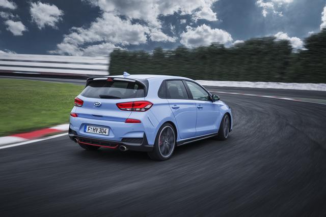 Phiên bản thể thao của xe gia đình Hyundai i30 chính thức trình làng - Ảnh 3.