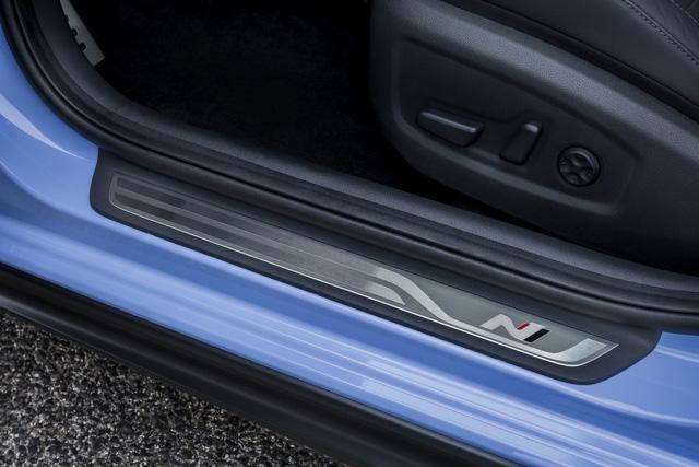 Phiên bản thể thao của xe gia đình Hyundai i30 chính thức trình làng - Ảnh 9.