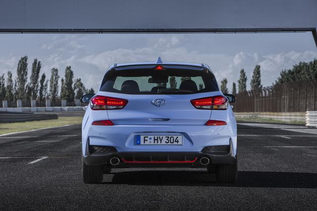 Phiên bản thể thao của xe gia đình Hyundai i30 chính thức trình làng - Ảnh 18.