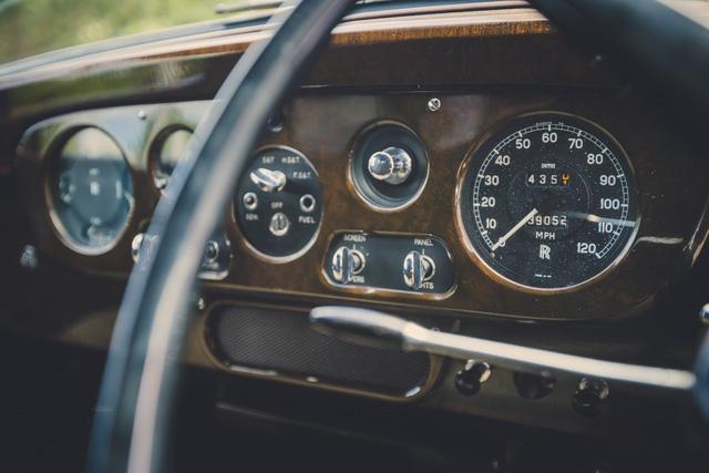 Cận cảnh Rolls-Royce Phantom V độc nhất của giọng ca huyền thoại John Lennon - Ảnh 14.
