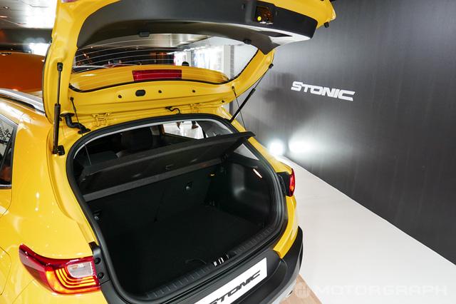 Crossover cỡ nhỏ Kia Stonic phiên bản nội địa Hàn Quốc ra mắt với giá mềm - Ảnh 5.