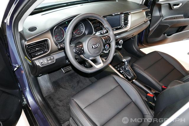 Crossover cỡ nhỏ Kia Stonic phiên bản nội địa Hàn Quốc ra mắt với giá mềm - Ảnh 14.