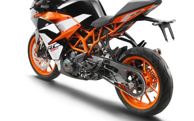 Cận cảnh mô tô thể thao giá mềm KTM RC390 2017 - Ảnh 5.