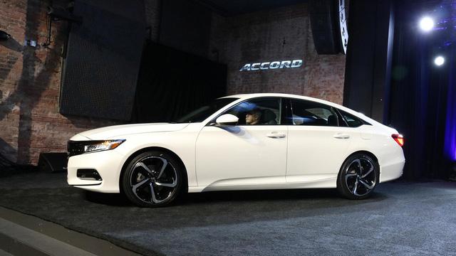 6 điều cần biết thêm về Honda Accord 2018 mới ra mắt - Ảnh 2.