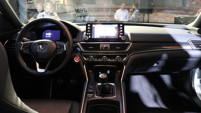 6 điều cần biết thêm về Honda Accord 2018 mới ra mắt - Ảnh 3.