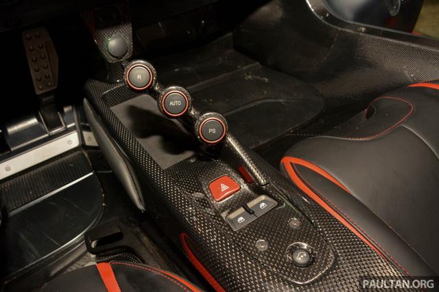 Siêu phẩm Ferrari LaFerrari Aperta ra mắt tại Malaysia, nhà giàu Việt phát thèm - Ảnh 8.