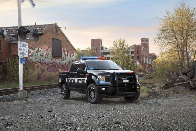 Ford F-150 Police Responder 2018 - Xe bán tải chuyên dụng của cảnh sát đầu tiên trên thế giới - Ảnh 3.