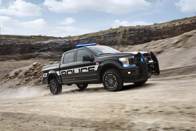 Ford F-150 Police Responder 2018 - Xe bán tải chuyên dụng của cảnh sát đầu tiên trên thế giới - Ảnh 1.