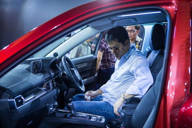 Mazda CX-5 2017 bất ngờ ra mắt Đông Nam Á với giá chát - Ảnh 6.