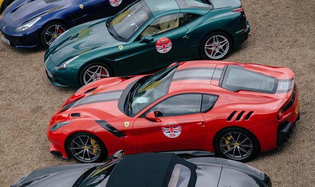 Mãn nhãn với cảnh 70 chiếc siêu xe Ferrari đẹp nhất cùng nhau tụ tập - Ảnh 2.