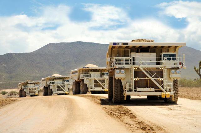 10 xe khai mỏ lớn nhất thế giới: Dài hơn cả bể bơi, to như một ngôi nhà và mạnh đến 11.000 mã lực - Ảnh 2.