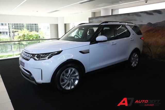 SUV hạng sang Land Rover Discovery 2018 cập bến Đông Nam Á, giá từ 4,4 tỷ Đồng - Ảnh 2.