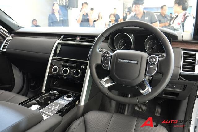 SUV hạng sang Land Rover Discovery 2018 cập bến Đông Nam Á, giá từ 4,4 tỷ Đồng - Ảnh 9.