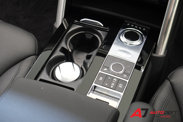 SUV hạng sang Land Rover Discovery 2018 cập bến Đông Nam Á, giá từ 4,4 tỷ Đồng - Ảnh 12.