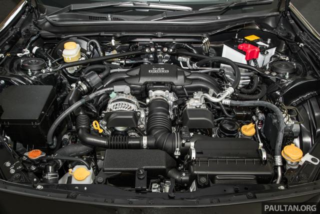 Phiên bản mới của mẫu xe từng ế nhất Việt Nam ra mắt tại Malaysia với giá 1,36 tỷ Đồng - Ảnh 11.