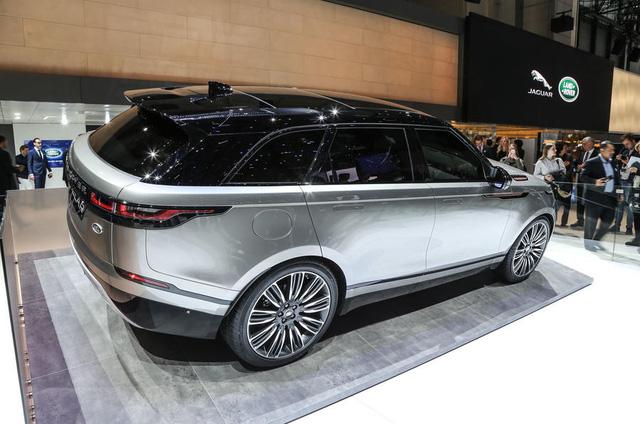Bắt gặp chiếc SUV hạng sang Range Rover Velar 2018 được đưa đến đại lý - Ảnh 6.