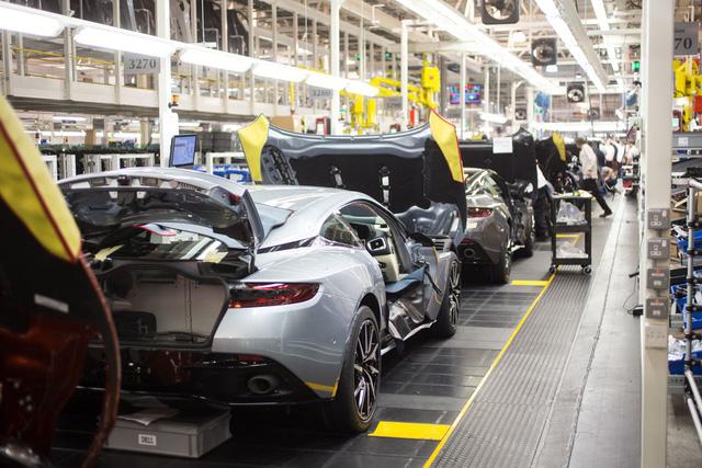 Khám phá dây chuyền sản xuất mãnh thú Aston Martin DB11 - Ảnh 25.