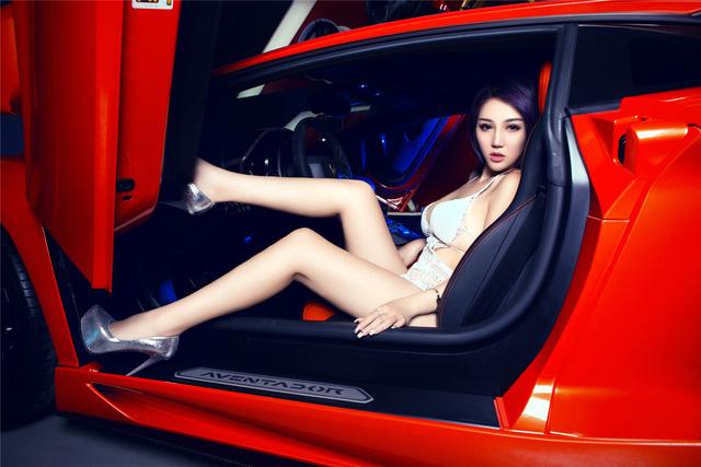 Mê mệt với cô nàng bên Lamborghini Aventador LP-700 - Ảnh 3.