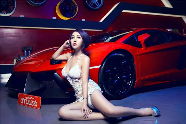 Mê mệt với cô nàng bên Lamborghini Aventador LP-700 - Ảnh 10.