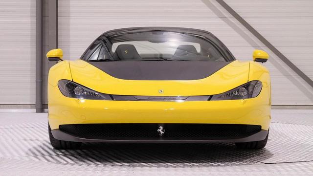Siêu xe hiếm nhưng đã qua sử dụng Ferrari Sergio có giá không tưởng - Ảnh 2.