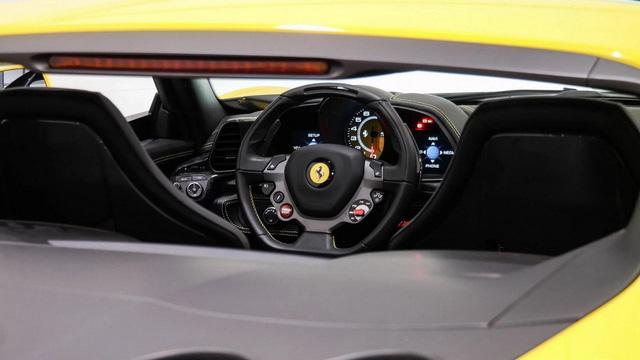 Siêu xe hiếm nhưng đã qua sử dụng Ferrari Sergio có giá không tưởng - Ảnh 9.