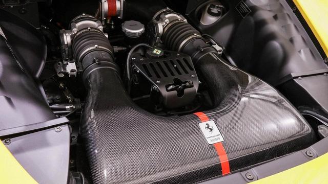 Siêu xe hiếm nhưng đã qua sử dụng Ferrari Sergio có giá không tưởng - Ảnh 10.