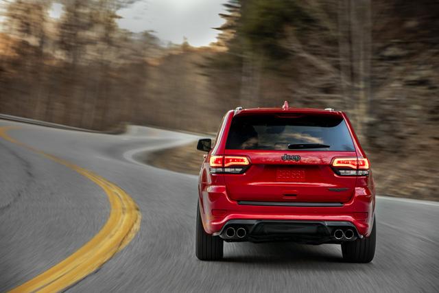 Jeep Grand Cherokee Trackhawk 2018 - xe SUV thương mại mạnh nhất thế giới - được chốt giá - Ảnh 8.