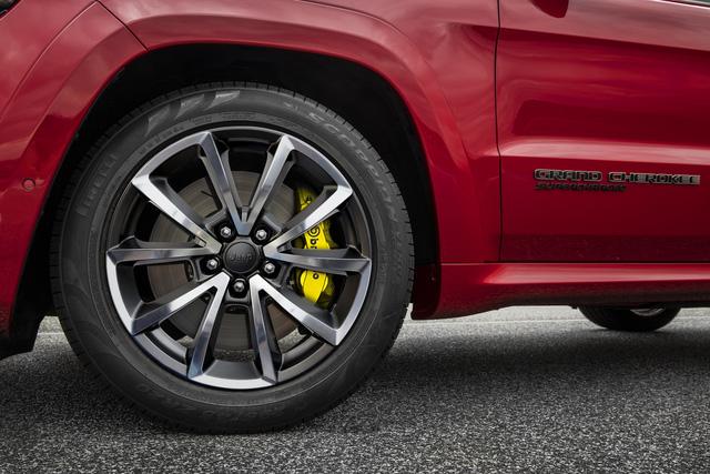 Jeep Grand Cherokee Trackhawk 2018 - xe SUV thương mại mạnh nhất thế giới - được chốt giá - Ảnh 9.