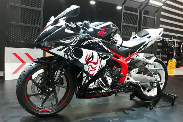 Honda CBR250RR phiên bản đặc biệt mới được vén màn, giá từ 120,6 triệu Đồng - Ảnh 2.