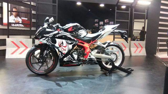 Honda CBR250RR phiên bản đặc biệt mới được vén màn, giá từ 120,6 triệu Đồng - Ảnh 6.