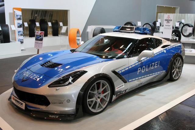 Điểm danh những chiếc xe cảnh sát chất nhất thế giới - Ảnh 5.