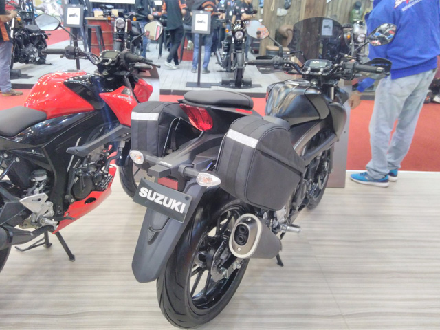 Cận cảnh phiên bản Touring của Suzuki GSX-S150 mới ra mắt Việt Nam - Ảnh 5.
