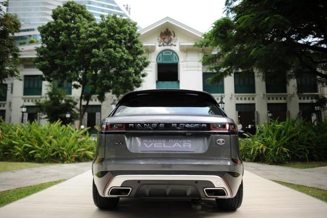 SUV hạng sang Range Rover Velar ra mắt Đông Nam Á với giá từ 4,1 tỷ Đồng - Ảnh 4.