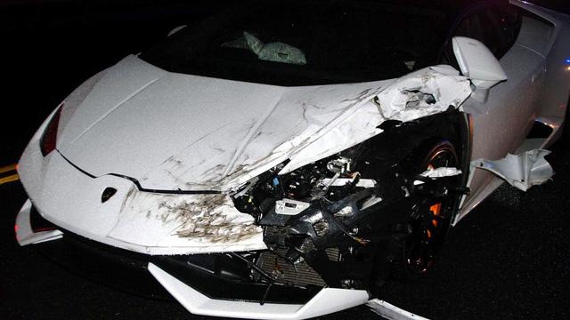 Lái Lamborghini Huracan không phải của mình đi tiệc tùng, nam thanh niên nhận cái kết đắng - Ảnh 1.