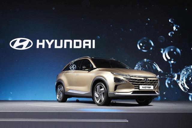 Hyundai ra mắt mẫu xe SUV mới chạy bằng hy-đrô