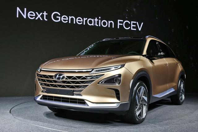 Hyundai bất ngờ vén màn mẫu SUV mới chạy bằng hy-đrô - Ảnh 2.