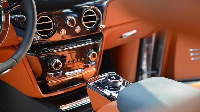 Mãn nhãn với những hình ảnh bằng xương, bằng thịt của xe nhà giàu Rolls-Royce Phantom 2018 - Ảnh 8.