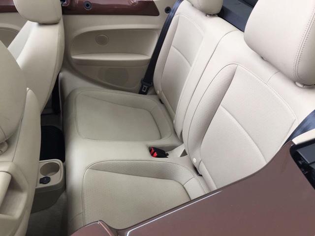 """Con bọ"" Volkswagen Beetle Convertible 2017 cập bến Việt Nam - 06"