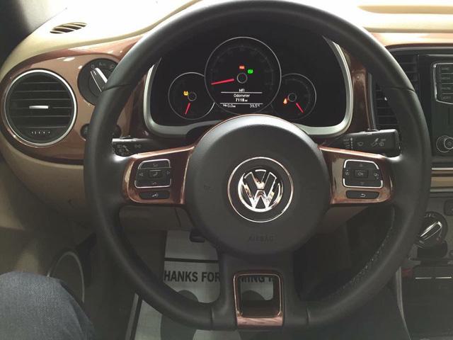 """Con bọ"" Volkswagen Beetle Convertible 2017 cập bến Việt Nam - 07"
